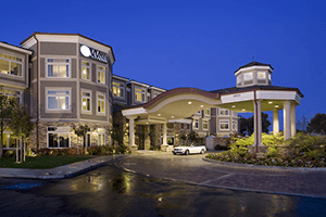 West Inn and Suites